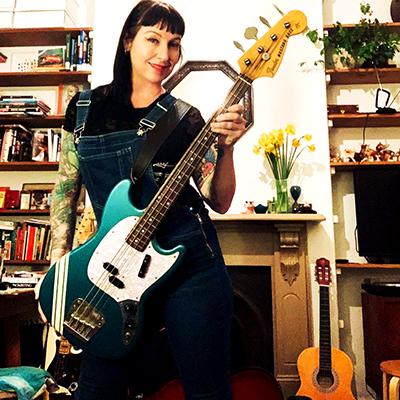 Safari Lee Bass Guitar